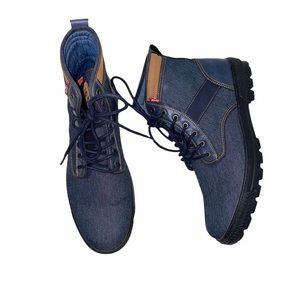 New Levi's men's Denim Boots size 13